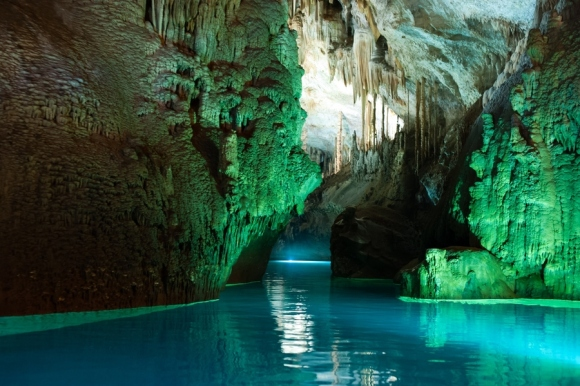Jeita Grotto cave